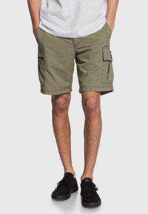 Shorts - deep green