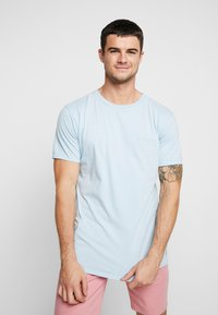 Quiksilver - OGACIDSUNSS  - Camiseta básica - airy blue - 0