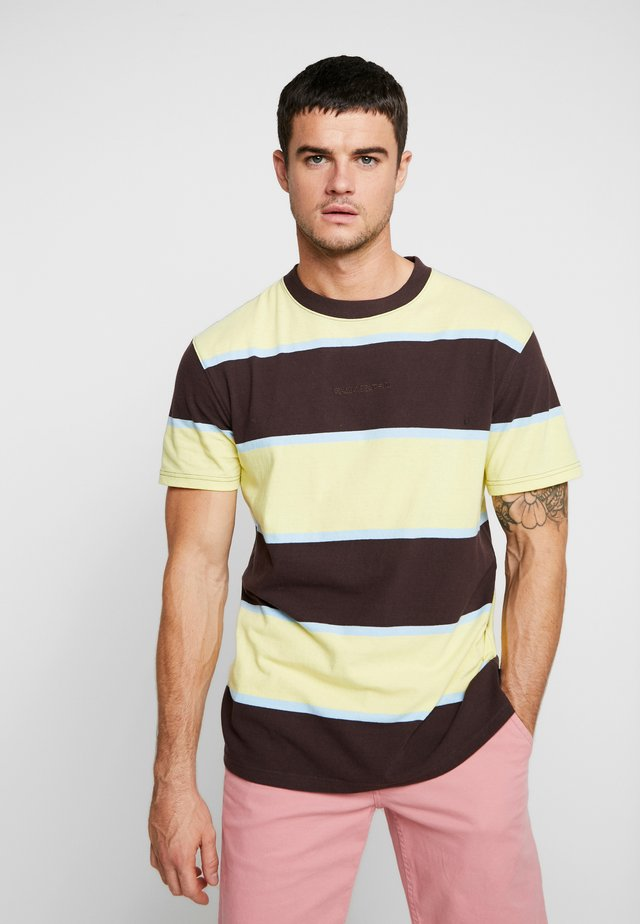 ACID STRIPE TEE - T-shirt con stampa - chocolate plum