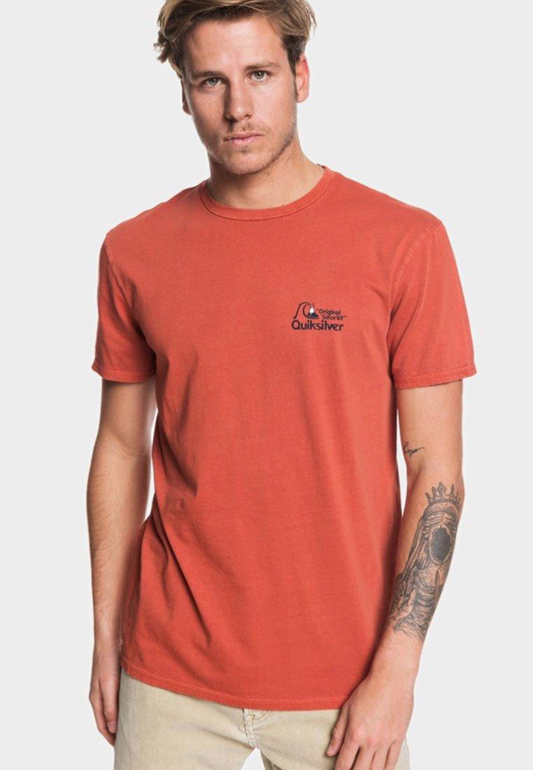 Quiksilver - BOUNCING HEART - Print T-shirt - burnt brick
