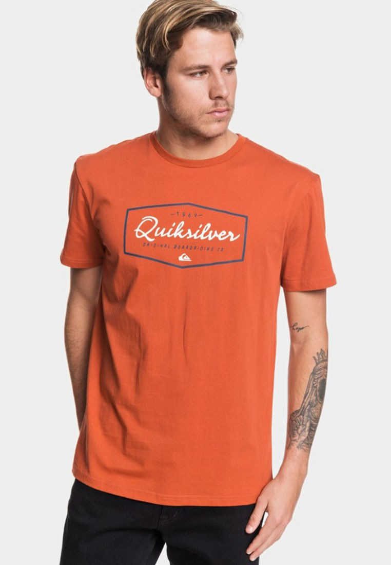 Quiksilver - REGULAR FIT - Print T-shirt - burnt brick