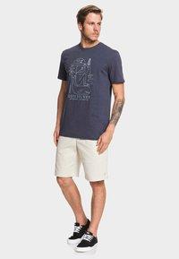 Quiksilver - VIBES ALIVE - Print T-shirt - parisian - 1