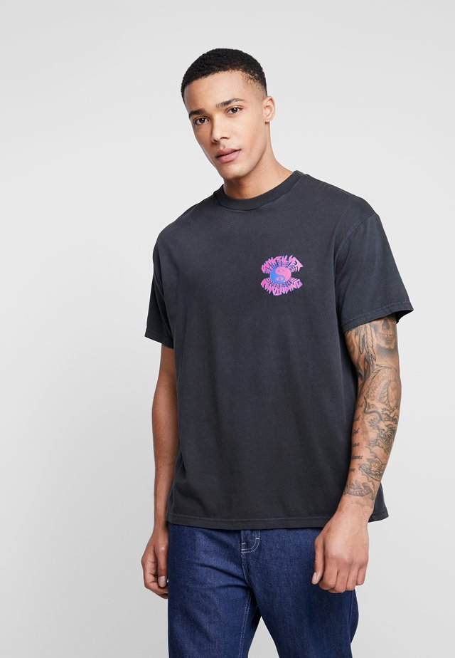 XRAYCAFESS - T-shirt con stampa - black