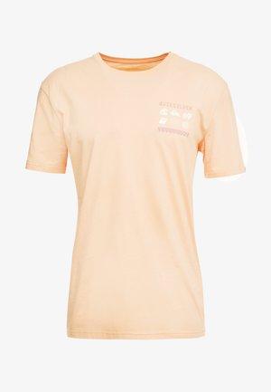 SLOWBURNSS - T-shirts print - coral sands