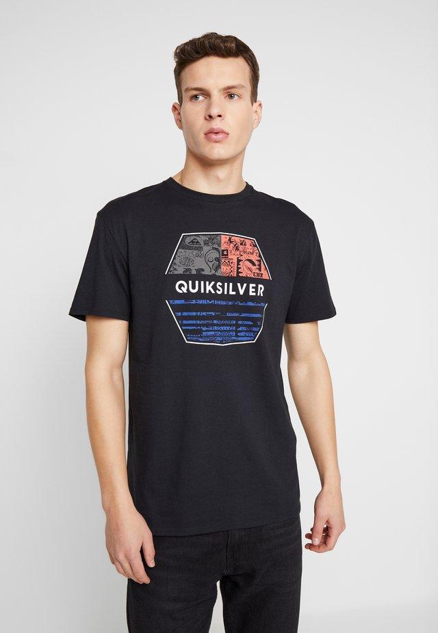 DRIFTAWAYSS - Print T-shirt - black