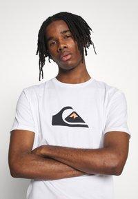 Quiksilver - COMPLOGOSS - Camiseta estampada - white - 3