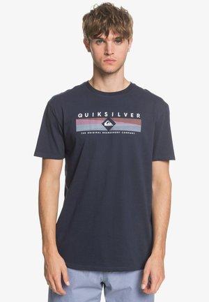 QUIKSILVER™ DISTANT FORTUNE - T-SHIRT FÜR MÄNNER EQYZT05764 - Print T-shirt - navy blazer
