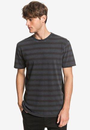 CAPITOA  - T-shirt imprimé - black