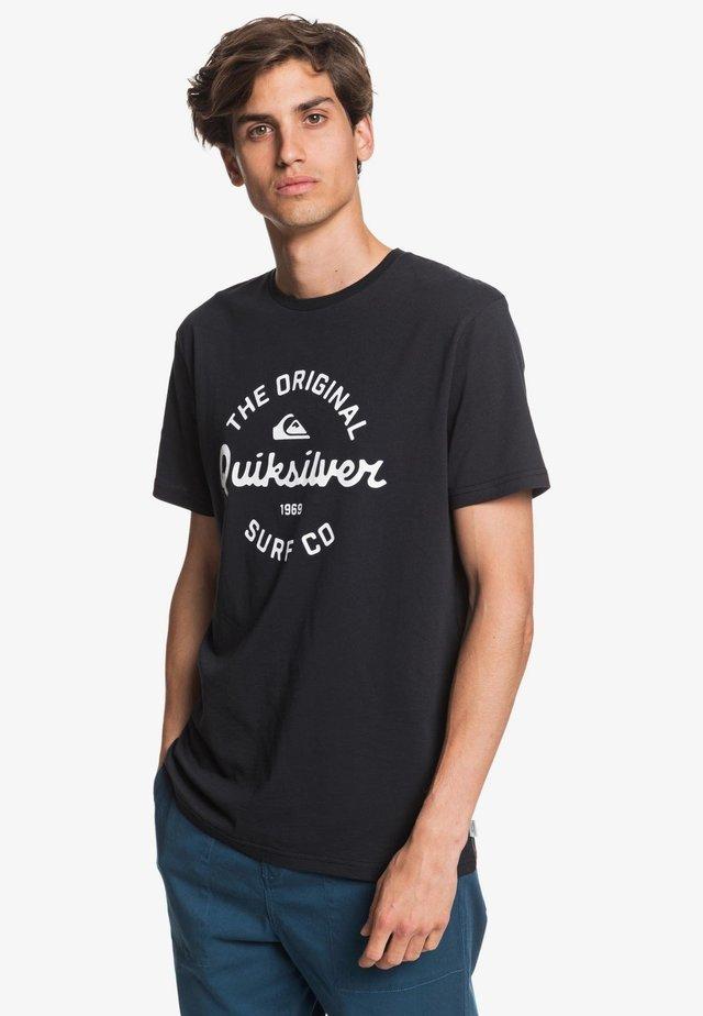EYE ON THE STORM - Print T-shirt - black