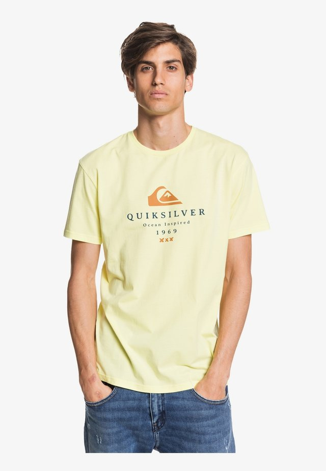 FIRST FIRE - Print T-shirt - charlock