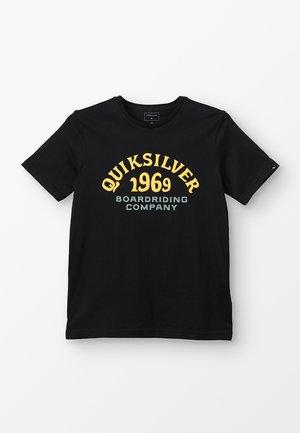 KIRRA SHAKKA YOUTH - T-shirt imprimé - black