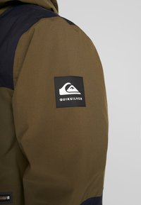 Quiksilver - ARROW WOOD - Snowboardjas - grape leaf - 8
