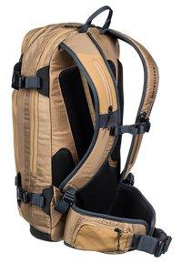 Quiksilver - TRAVIS RICE PLATINUM - Hiking rucksack - otter - 1