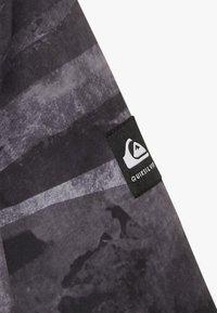 Quiksilver - MISS BLOC - Snowboardová bunda - black matte - 5