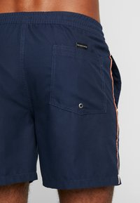 Quiksilver - VOLLEY - Shorts da mare - navy blazer - 1