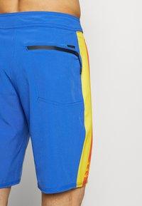 Quiksilver - HIGHLINE ARCH  - Pantaloncini sportivi - dazzling blue - 1