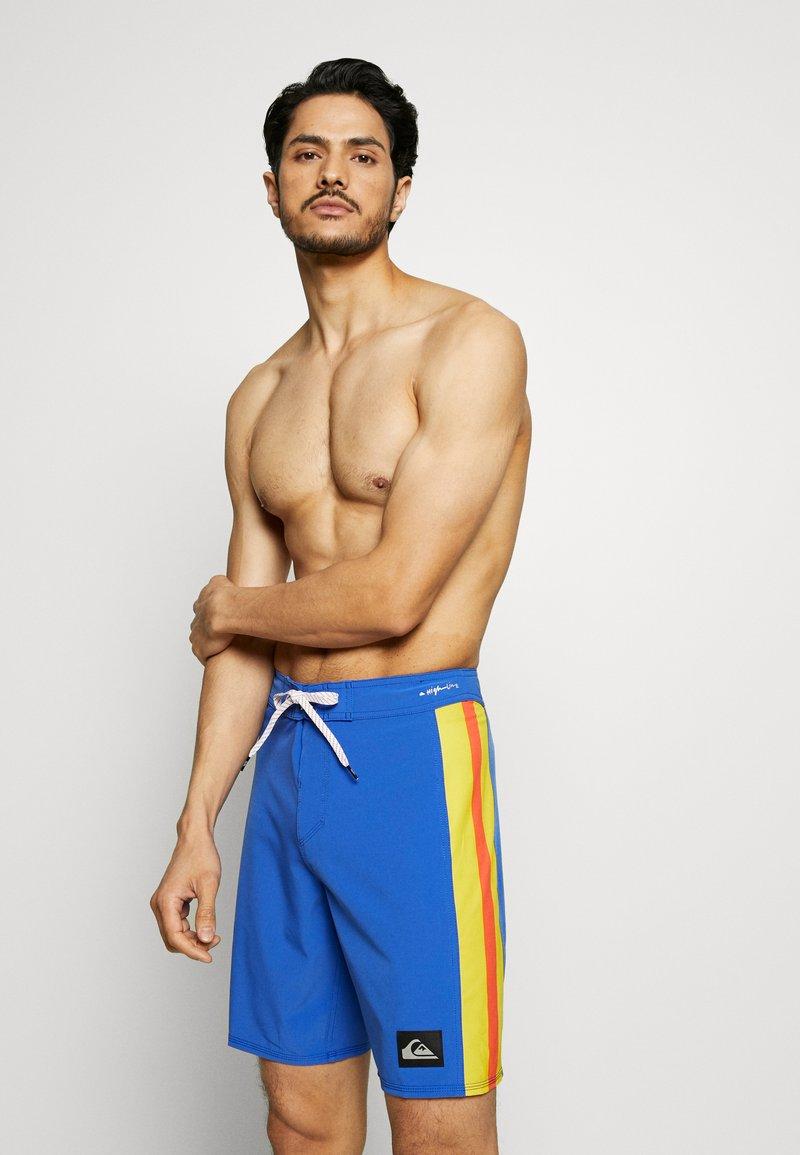Quiksilver - HIGHLINE ARCH  - Pantaloncini sportivi - dazzling blue