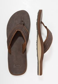 Quiksilver - CARVER - Sandály s odděleným palcem - demitasse - 1