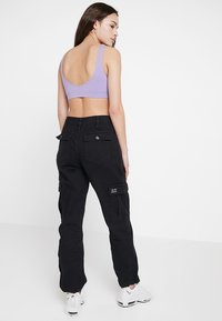 BDG Urban Outfitters - AUTHENTIC CARGO PANT - Bukse - black - 2
