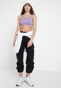 BDG Urban Outfitters - AUTHENTIC CARGO PANT - Bukse - black - 1