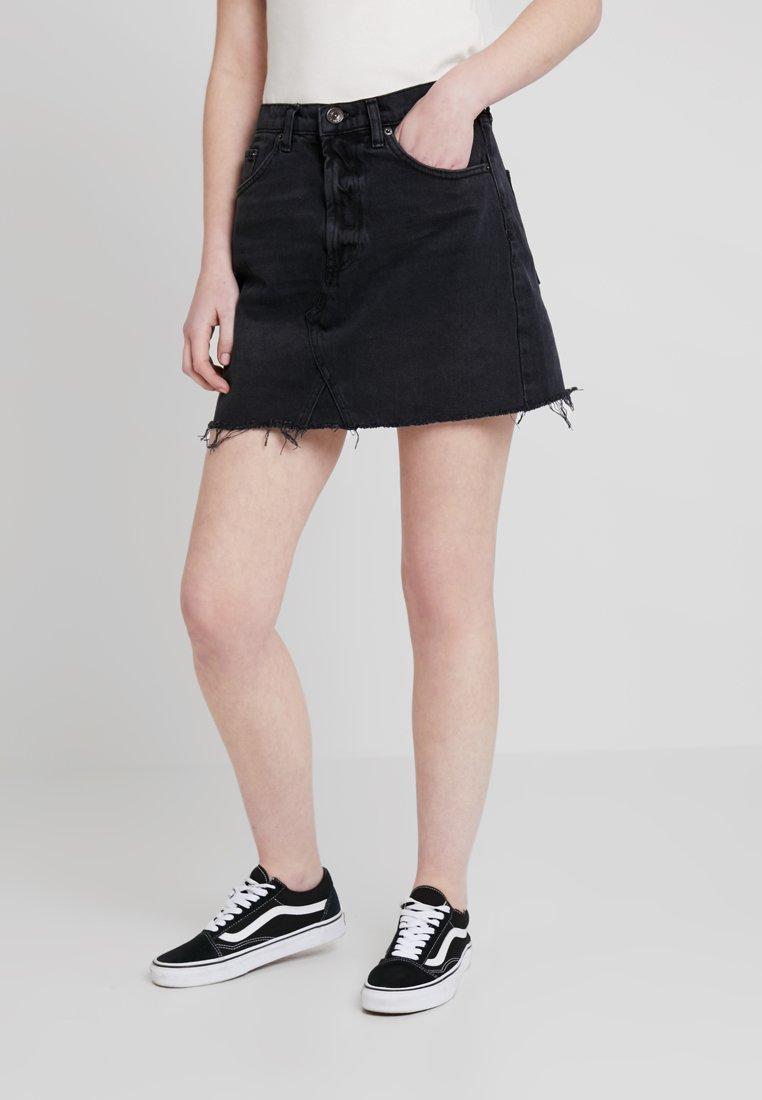 BDG Urban Outfitters - AUSTIN SKIRT - Falda acampanada - wash black
