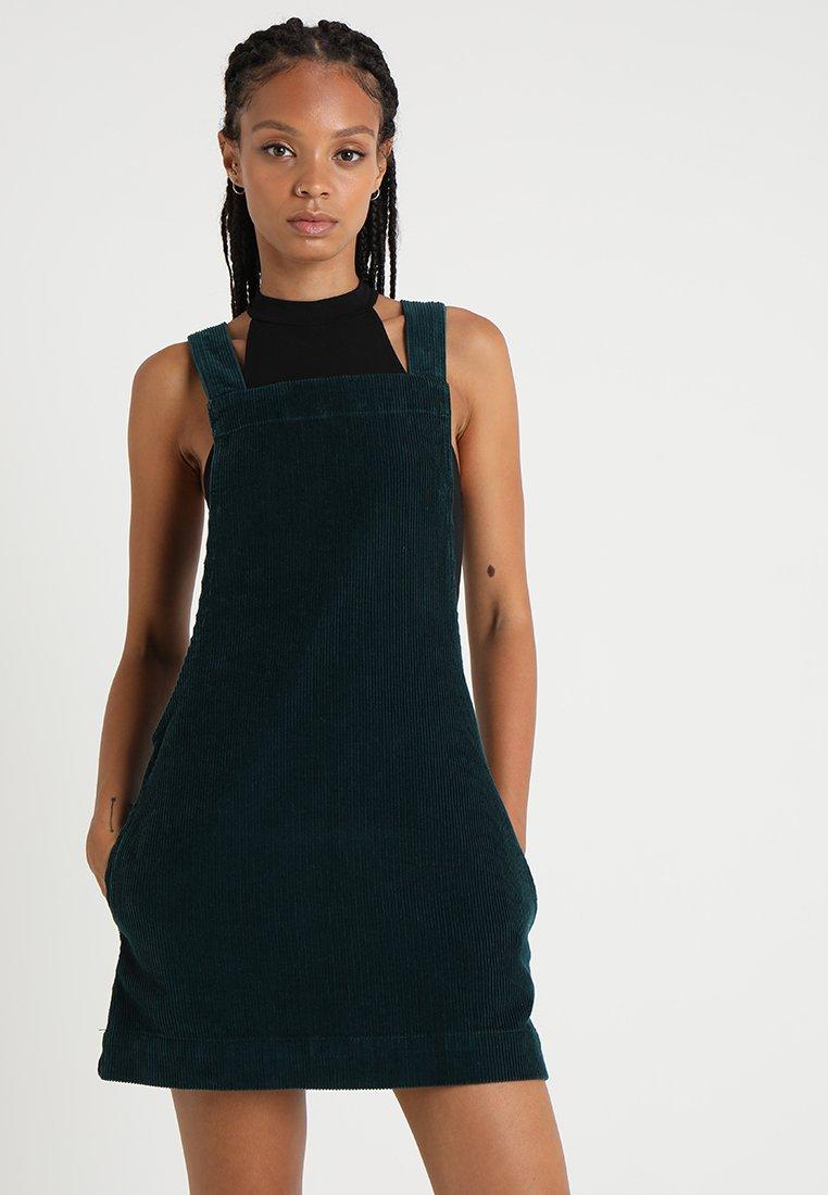 BDG Urban Outfitters - GAIA - Vestido informal - green