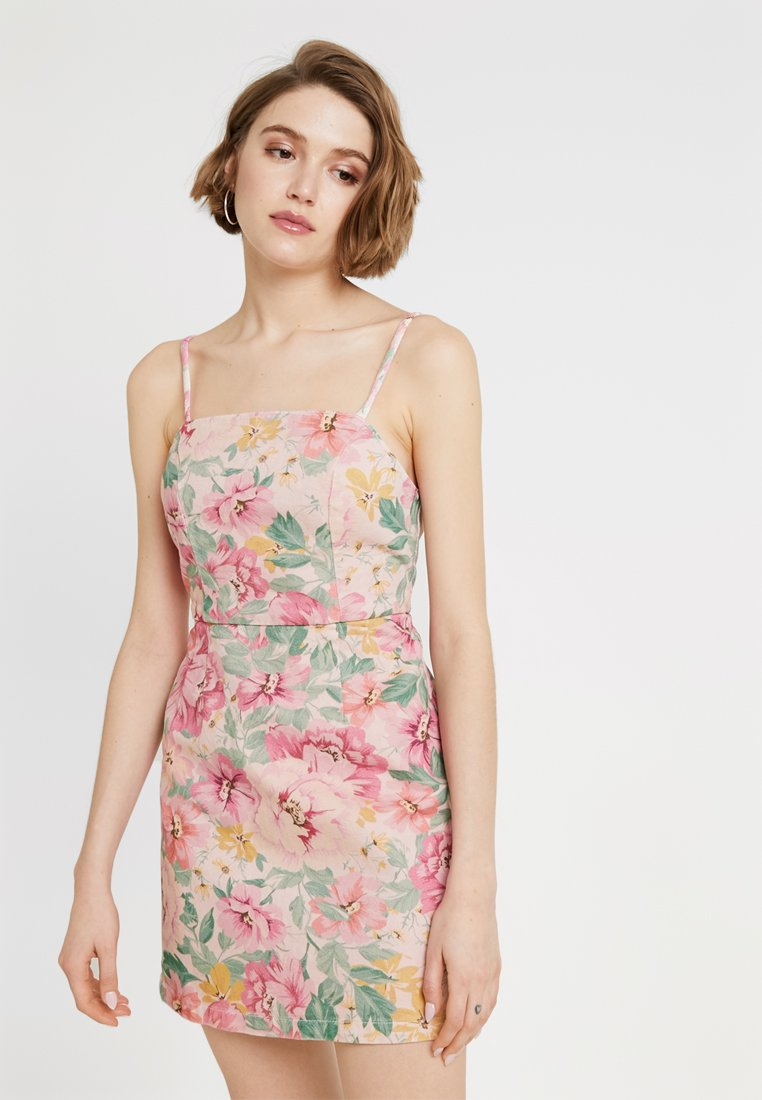 BDG Urban Outfitters - FLORAL MINI DRESS - Vestito di jeans - pink