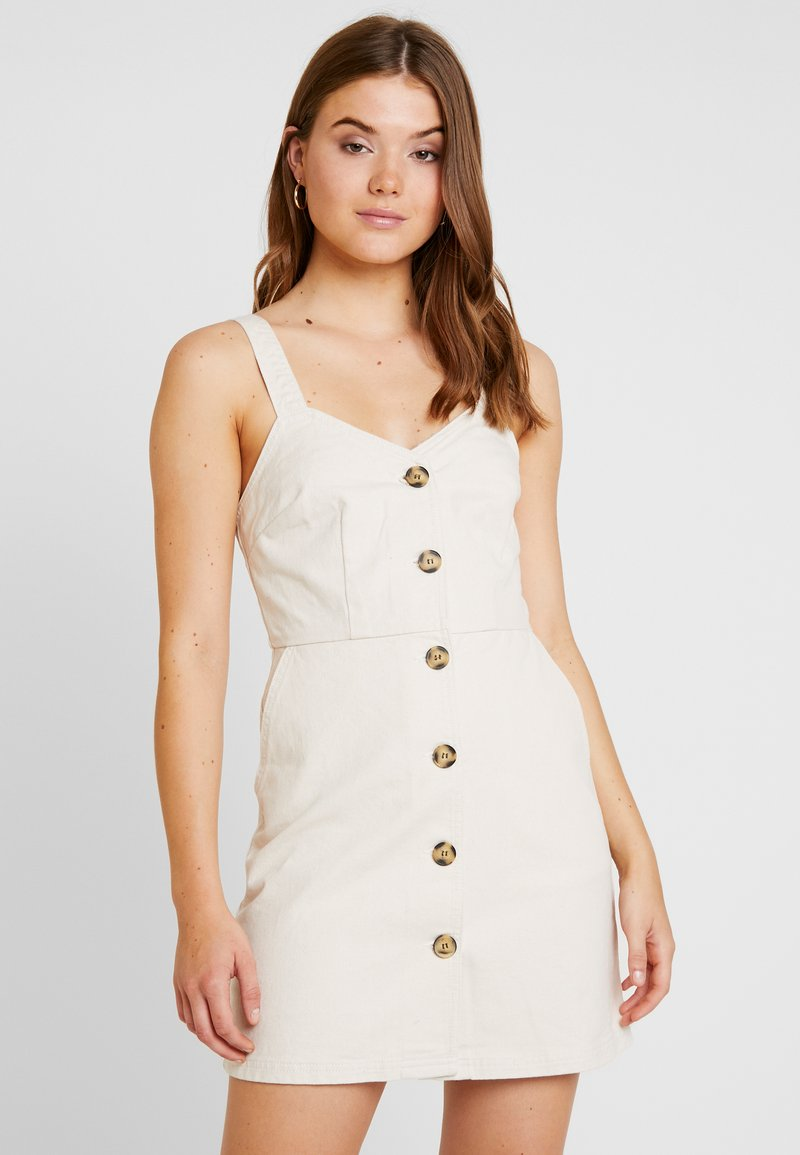 BDG Urban Outfitters - BELLA DRESS WAS AMELIA - Dongerikjole - ecru