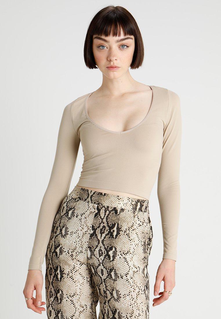 Bdg Long shirt Ivory Sleeve À Manches V Outfitters Urban NeckT Longues BdCorex