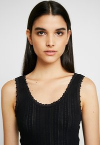 BDG Urban Outfitters - POINTELLE TANK - Top - black - 4