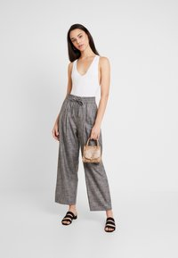 BDG Urban Outfitters - MARKIE BODYSUIT - Top - white - 1