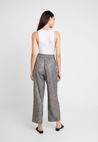 BDG Urban Outfitters - MARKIE BODYSUIT - Top - white - 2