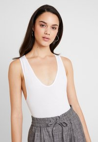 BDG Urban Outfitters - MARKIE BODYSUIT - Top - white - 3