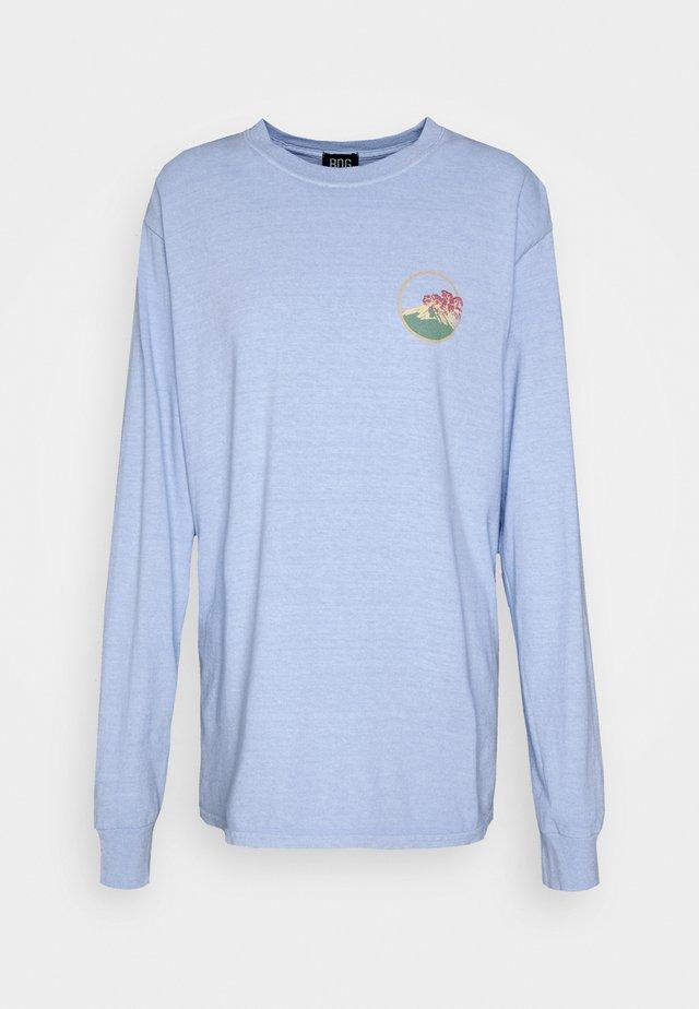 SKATE GRAPHIC TEE - Långärmad tröja - baby blue