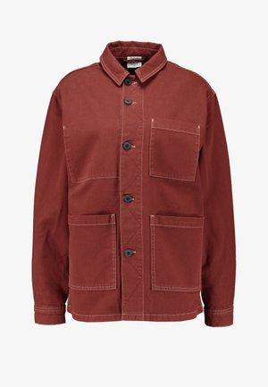 LONGLINE JACKET - Krótki płaszcz - brick