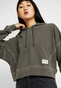 BDG Urban Outfitters - CROPPED SLOUCHY HOODIE - Bluza z kapturem - dark shadow - 3