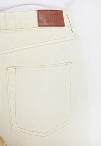 BDG Urban Outfitters - PAX - Jeans Straight Leg - yellow - 5