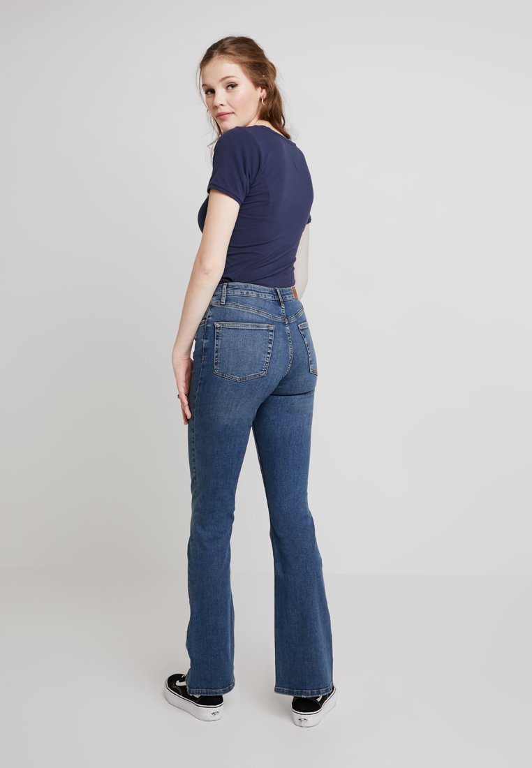 BDG Urban Outfitters - FLARE - Flared jeans - blue denim