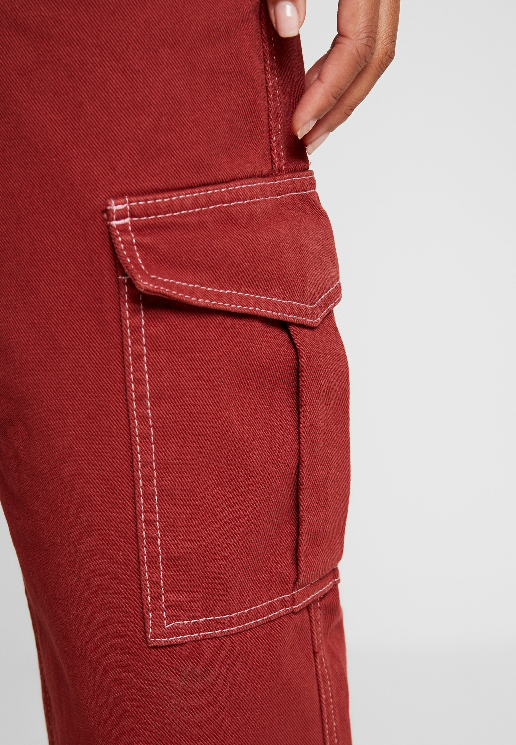BDG Urban Outfitters CONTRAST SKATE - Jeansy Relaxed Fit - brick