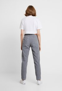 BDG Urban Outfitters - MOM - Bukse - cool grey - 3