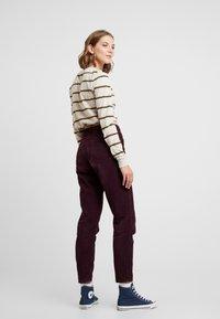 BDG Urban Outfitters - MOM - Broek - plum - 2