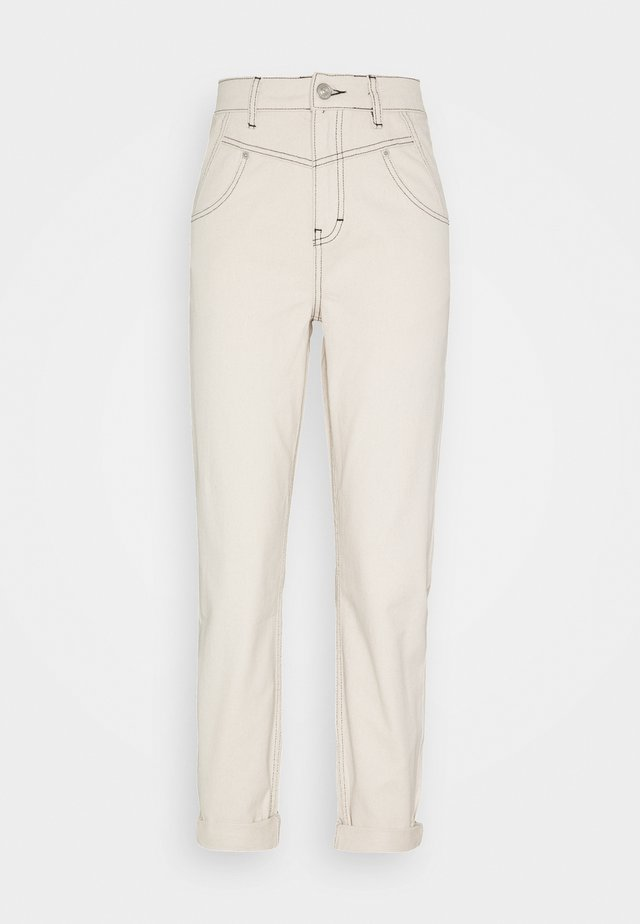 SEAMED MOM - Relaxed fit jeans - ecru