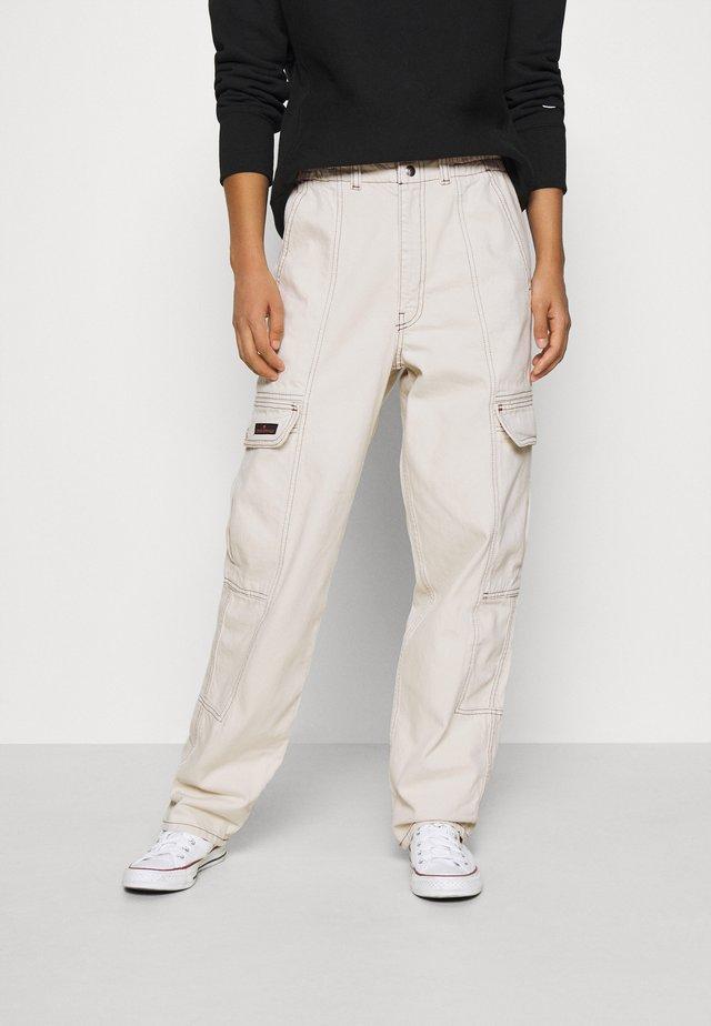 BLAINE SKATE - Pantaloni cargo - ecru