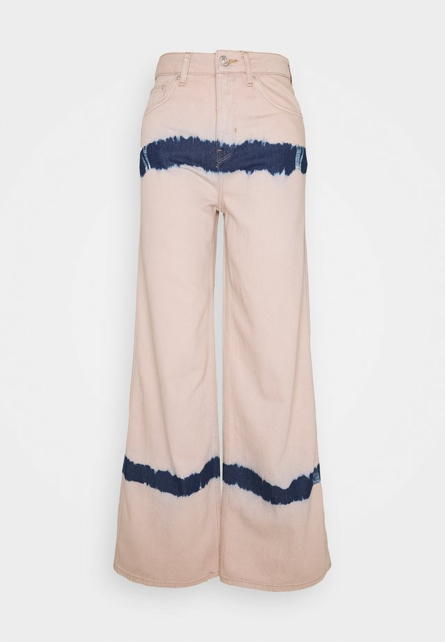 PUDDLE  - Relaxed fit jeans - pink tie dye