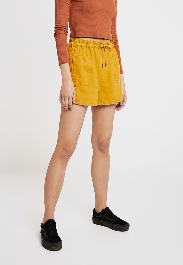 PAPERBAG - Shorts - sun yellow