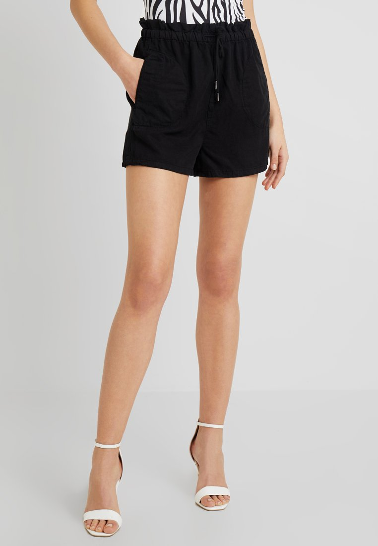 BDG Urban Outfitters - PAPERBAG - Shorts - black