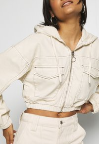 BDG Urban Outfitters - PATCH POCKET JACKET - Giacca di jeans - ecru - 4