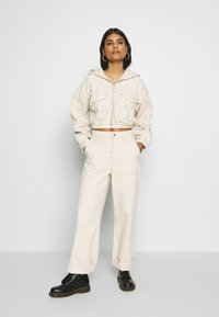 BDG Urban Outfitters - PATCH POCKET JACKET - Giacca di jeans - ecru - 1