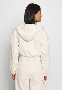 BDG Urban Outfitters - PATCH POCKET JACKET - Giacca di jeans - ecru - 2
