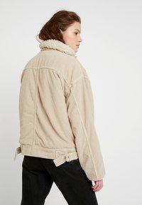 BDG Urban Outfitters - BORG UTILITY JACKET - Winter jacket - ivory - 2